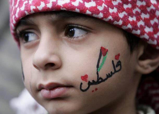 Photo of أطفالُ غزةَ: إجازةٌ صيفيةٌ بطَعمِ الموتِ واصرار على مواصلة التعليم!