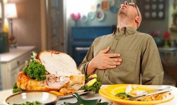 Photo of تعرّفي على أسبابِ الإفراطِ في تناولِ الأكل؟
