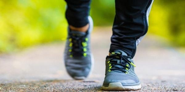 Photo of المشي للحفاظِ على رشاقتِك وتحسينِ مزاجكِ