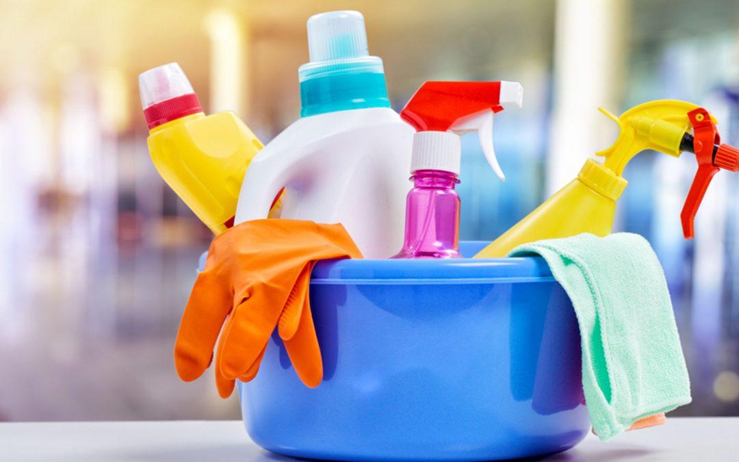 Photo of موادُ التنظيفِ المُصنَّعةُ منزلياً.. بينَ الإقبالِ والرفضِ