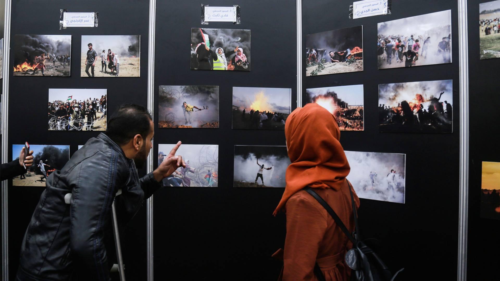 Photo of فنانون وموهوبونَ يجسّدونَ أروعَ صوَرِ الحياةِ في مخيماتِ العودةِ