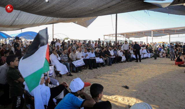 Photo of بالصور: جانب من مشاركة المواطنين في فعاليات جمعة لاجئ لبنان شرق جباليا شمال القطاع
