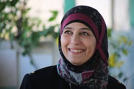 Photo of حنان الحروب أفضل معلمة في العالم