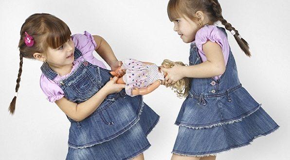 Photo of اضبطي غريزةَ حبِّ التملّكِ عند الأطفال