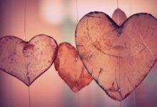 Photo of هل الحبُّ حرامٌ؟